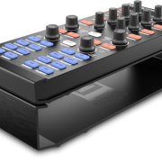 TRAKTOR_KONTROL_STAND_x1_right_SHADOW