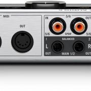 native_instruments-komplete-audio-6-midi-interface-back