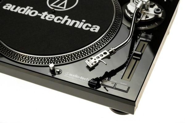 Toca Discos Profissional AT-LP120BK-USB Direct Drive